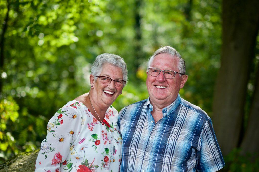 opa en oma - Familie fotoshoot Woensdregt, Rijmaaran, Schoonloo © 2017 Matthijs Jonker Fotografie