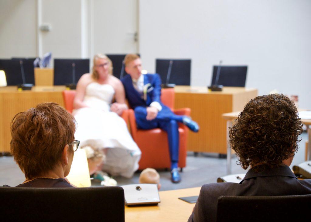 Ouders bruid - Bruiloft Polet-Woensdregt Gemeentehuis Assen © 2016 Matthijs Jonker Fotografie