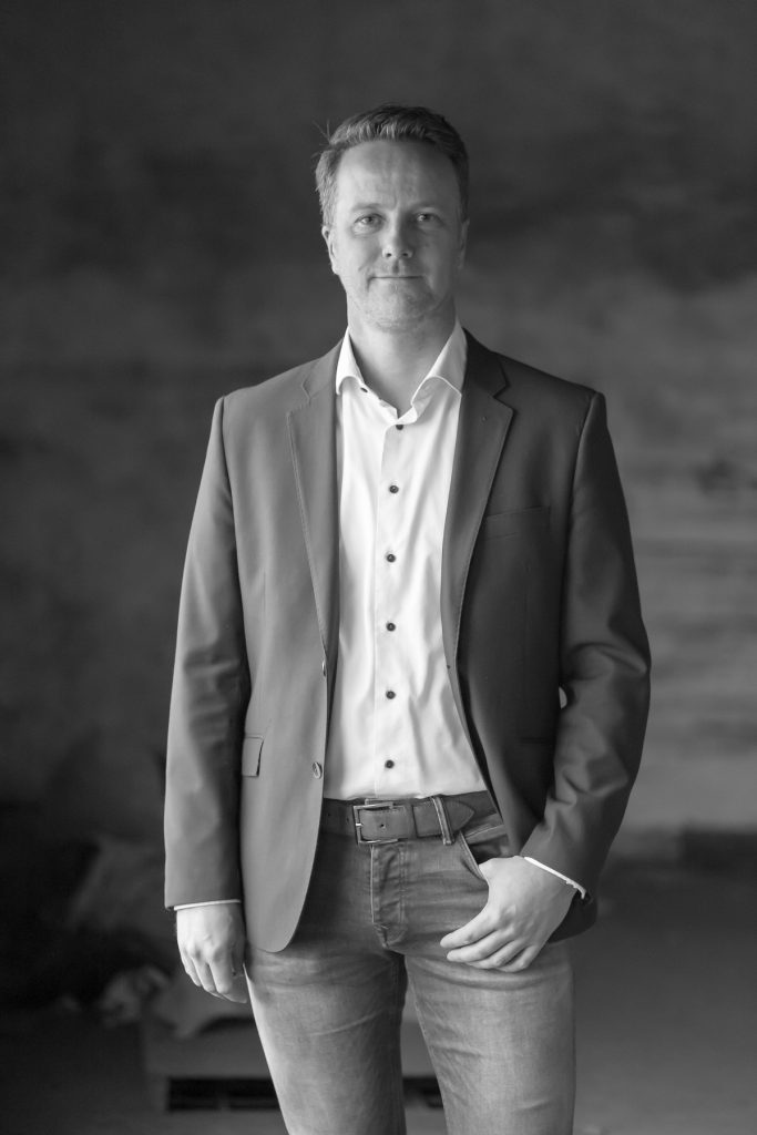 Cor Staal - Fotoshoot Christenunie fractie Assen, Ondernemersfabriek Assen © 2018 Matthijs Jonker Fotografie