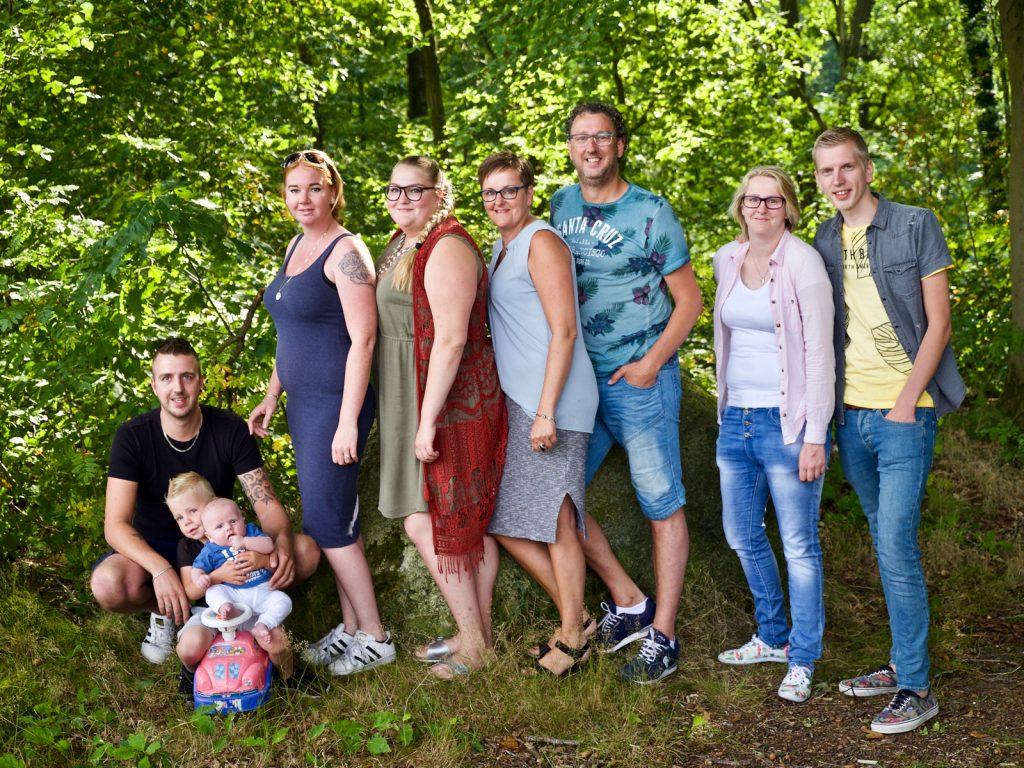 Familie gezin #2 fotoshoot Woensdregt, Rijmaaran, Schoonloo © 2018 Matthijs Jonker Fotografie