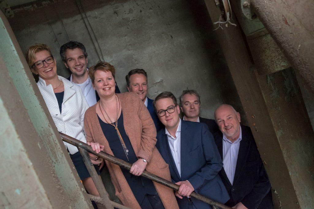 Groepsfoto #2 Fotoshoot Christenunie fractie Assen, Ondernemersfabriek Assen © 2018 Matthijs Jonker Fotografie