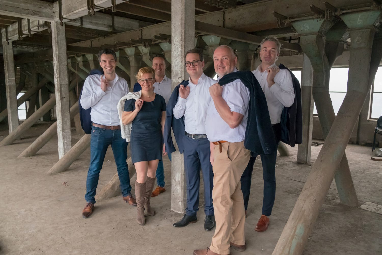 Groepsfoto #3 - Fotoshoot Christenunie fractie Assen, Ondernemersfabriek Assen © 2018 Matthijs Jonker Fotografie