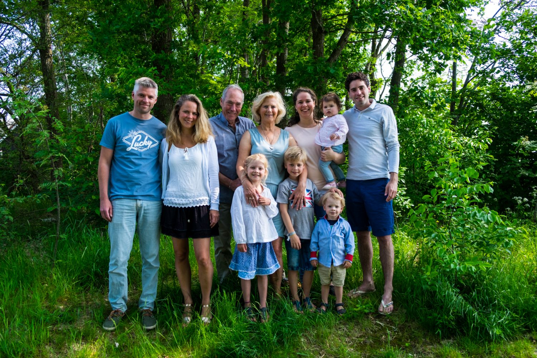 Groepsfoto - Familie fotoshoot Boermans, Hof van Saksen, Rolde © 2018 Matthijs Jonker Fotografie