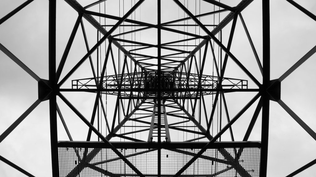Power comes from above, hoogspanningsmast Assen © 2015 Matthijs Jonker Fotografie