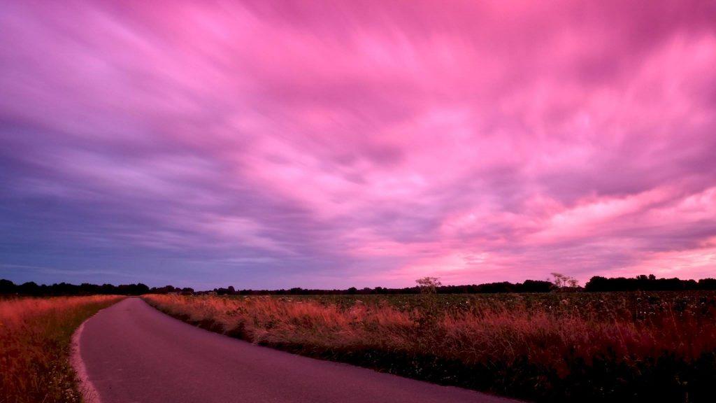 Purple rain(clouds), Hunebed D15, Loon, Drenthe © 2016 Matthijs Jonker Fotografie