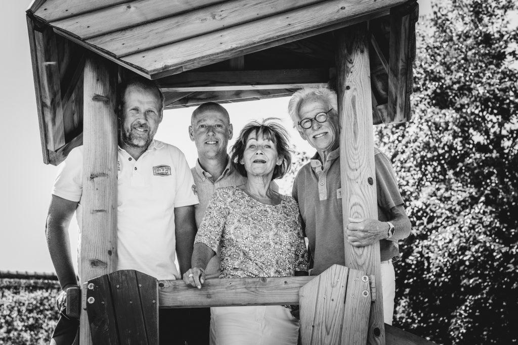 gezinsfoto, familiefotoshoot Gruben, Hof van Saksen, Rolde © 2018 Matthijs Jonker Fotografie